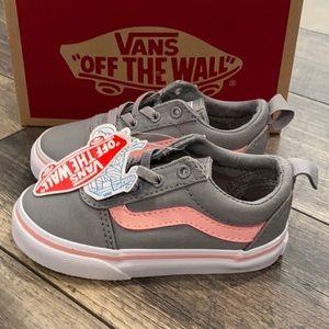 Authentic New in box Vans baby girl sneakers Sz 7